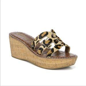 Sam Edelman Regis Animal Print Sandals 8  NWT